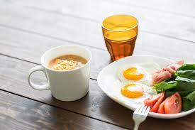 一人暮らしで宅食サービスを利用すると食費は節約できるのか?