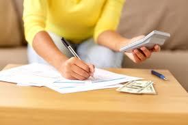 一人暮らしの費用ってどれくらいかかる?1ヶ月の生活費を計算してみました◎