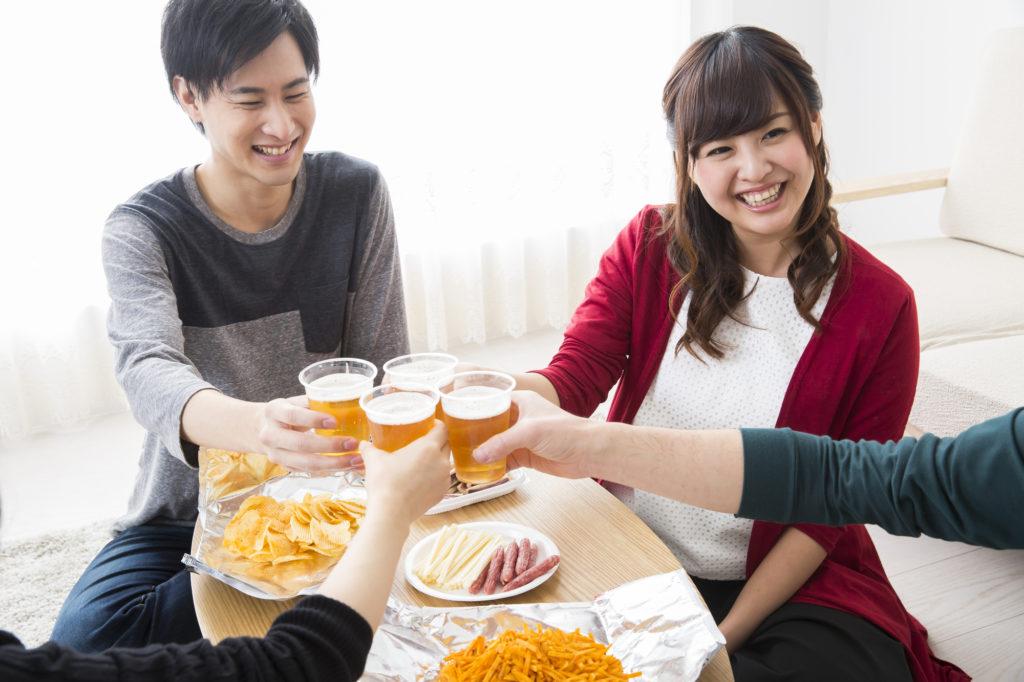 【一人暮らし】外飲みを控えて宅飲みを楽しもう!宅飲みのメリットを紹介◎