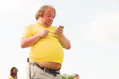 【一人暮らし】痩せる人と太る人の大きな違いは?食生活の乱れ以外の理由は?
